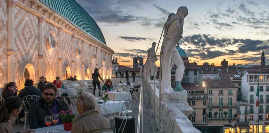 La terrazza di Vicenza della Basilica Palladiana